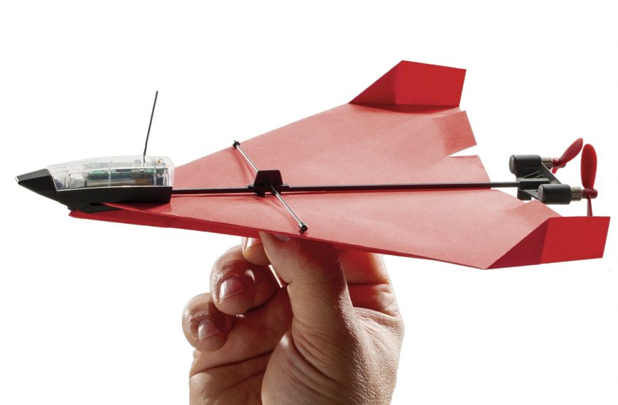 The POWERUP 4.0 Has The Ability To Pilot Your Childhood Paper Plane